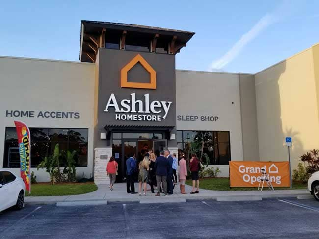 On November 4th, The Bacon Family Celebrated The Grand Opening Of A New  Ashley HomeStore In Port Charlotte, Florida.