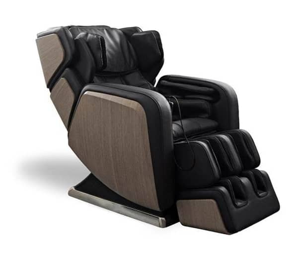 DreamWave Debuts R.6 Luxury Full-Body Shiatsu Massage Chair at Las Vegas Market